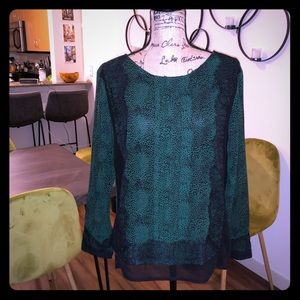 Ann Taylor green and black blouse with lace detail